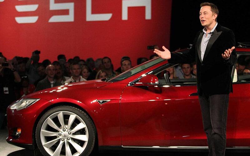 Probleme pentru Elon Musk si Tesla?