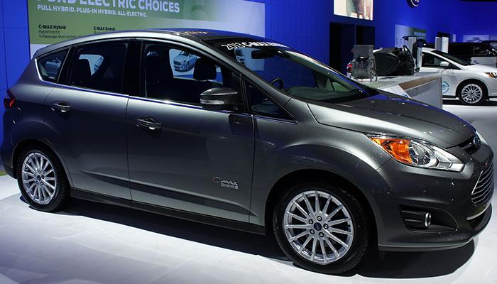 Ford C-Max Hibrid 2018 – Intre SUV compact si wagon