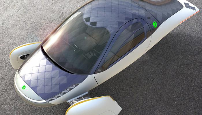 Vehiculul solar Aptera care nu are nevoie de incarcare e gata de productie